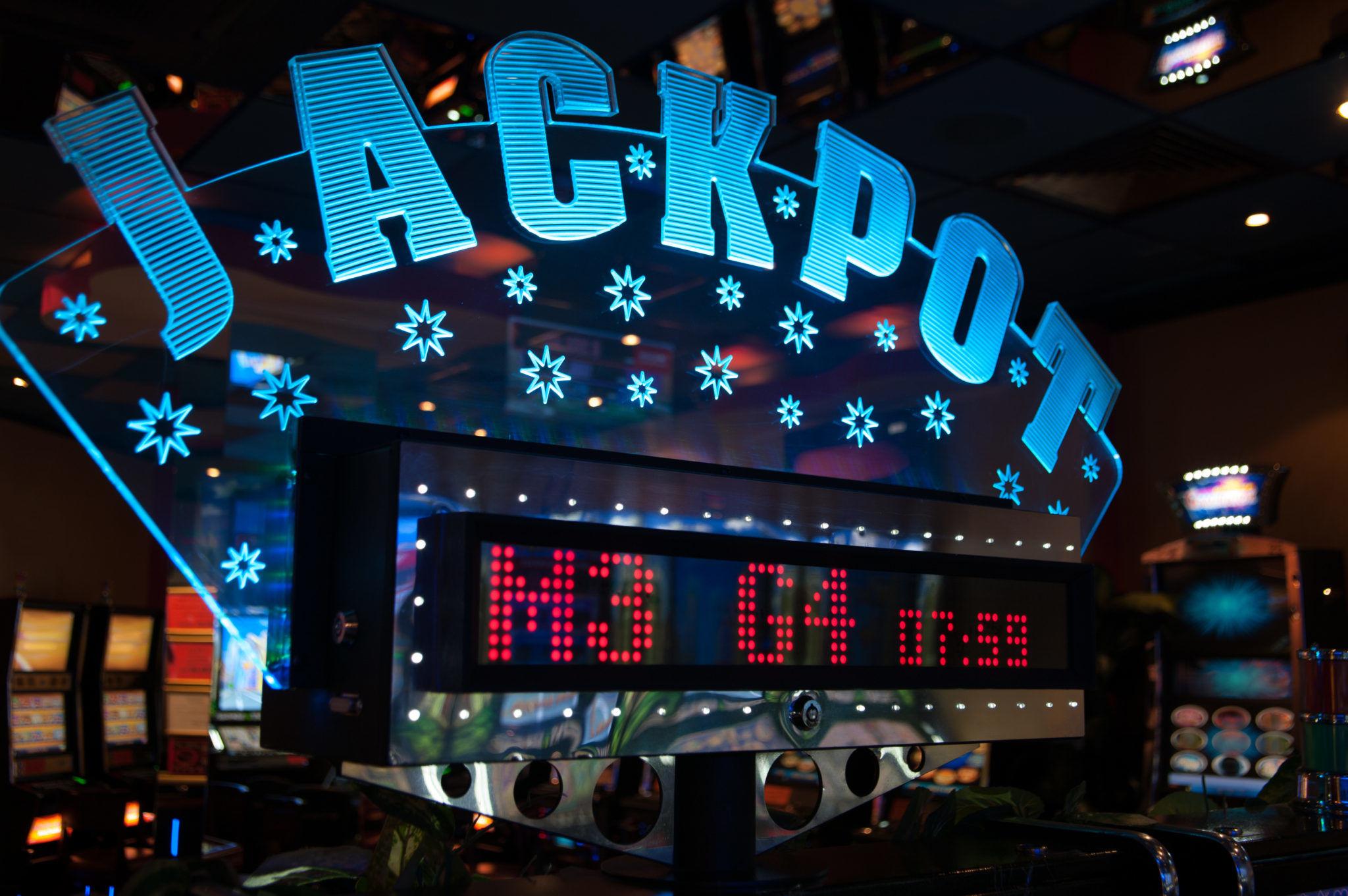 V USA padl nejvyšší jackpot v loterii 17 mld!